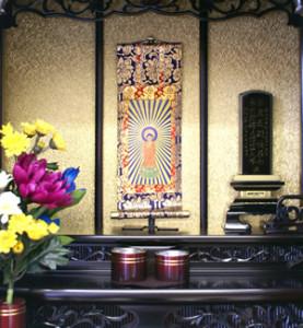 位牌を祀るお仏壇